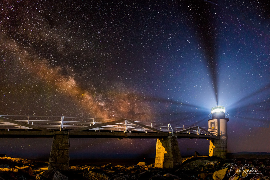 Marshall Point Lighthouse and Milkyway