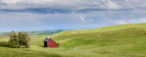 Red Salt Barn Pano Moscow Idaho Palouse.jpg