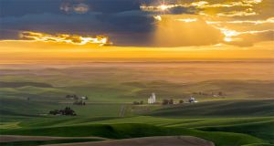 Steptoe Butte Golden Sunset Colfax Washington Palouse-c83.jpg