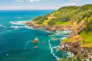 Oregon Coast viewed from Cape Foulweather Pacific Ocean.jpg