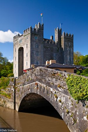 Bunratty Castle County Limerick Ireland.jpg